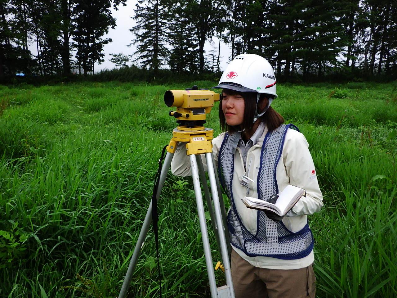 女性土木技術者
